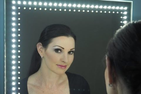 Video Presenting a Candy Doll Look