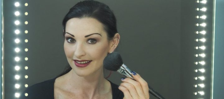 Video Turn Your Natural Look to Night Glamour