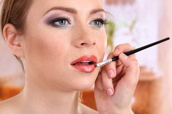 Makeup Artists Revel 5 Tips To Avoid Doing!